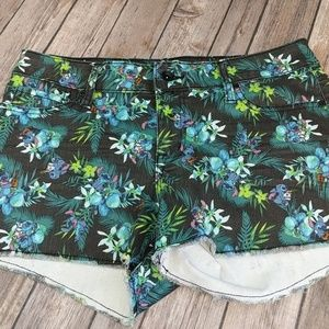 Disney Lilo & Stitch shorts size 11
